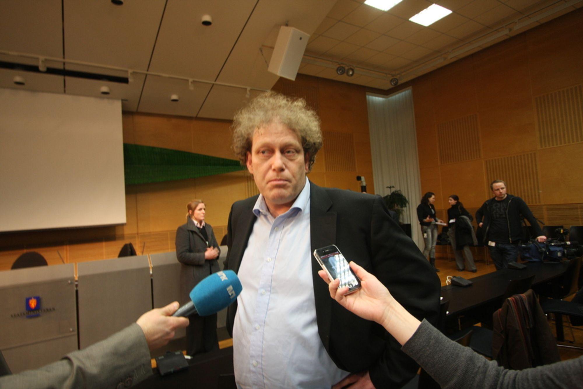 Bellona-leder Frederic Hauge er trolig en stor del av grunnen til at organisasjonen får veldig mange pressehenvendelser. Og journalistene er fornøyde med organisasjonen, skal vi tro PR-barometeret til Aalund.