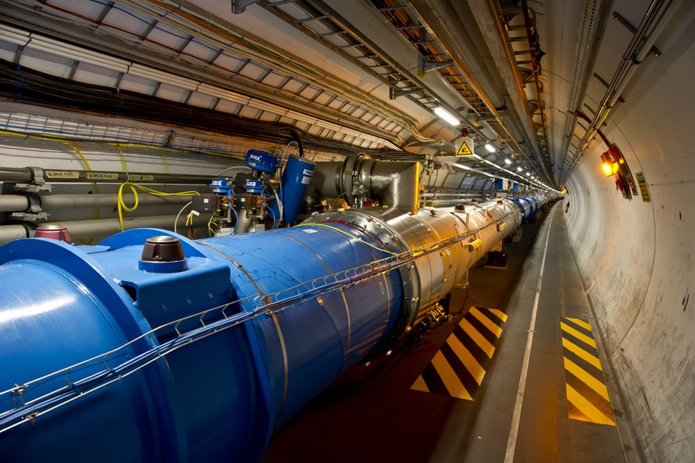 Cern hevder å ha sett snurten av Higgs-partikkelen.