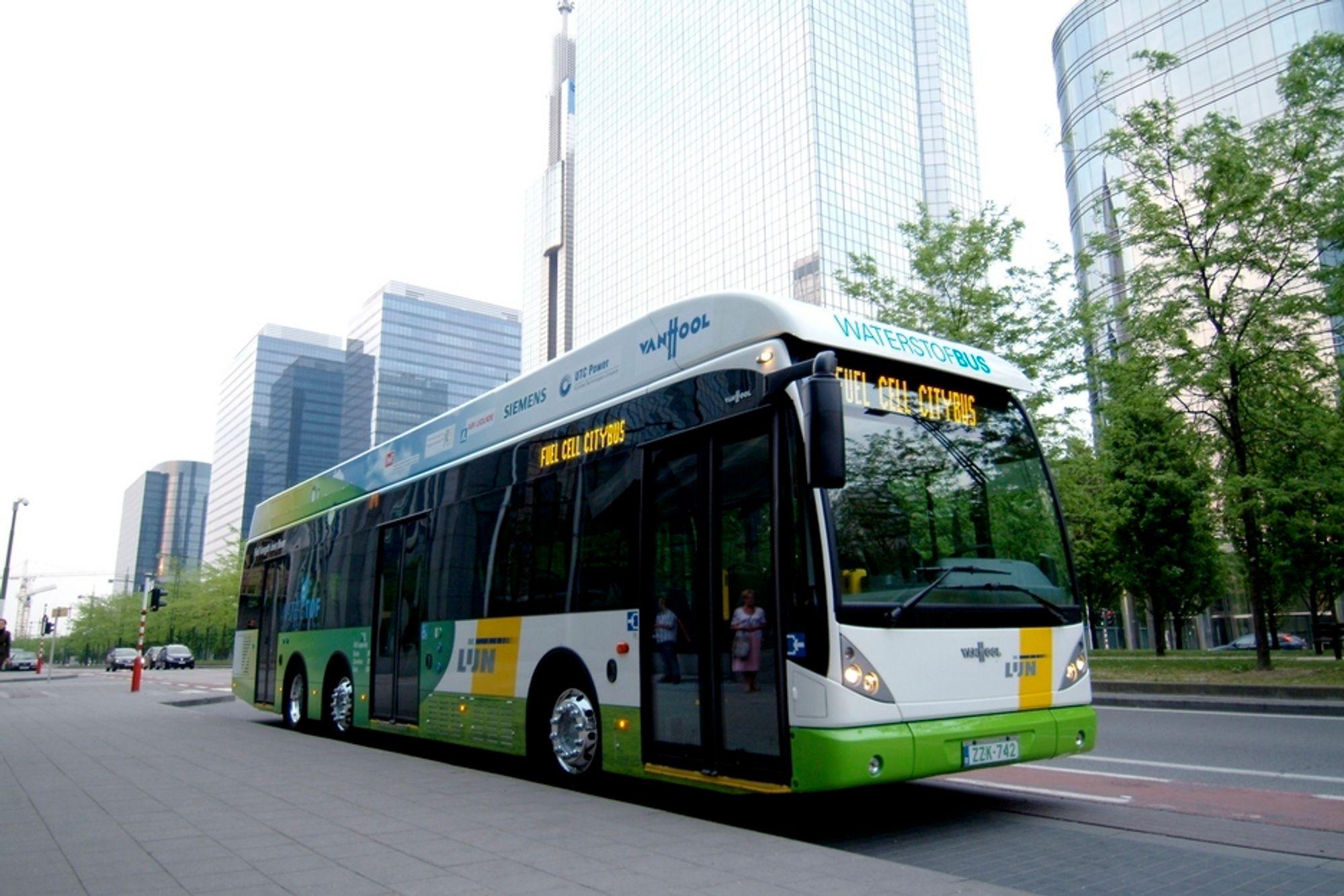 HYDROGENBUSS: I mars 2012 skal fem slike brenselcellebusser få Unibuss-drakt og settes inn på ruta mellom Kolbotn og Oslo.