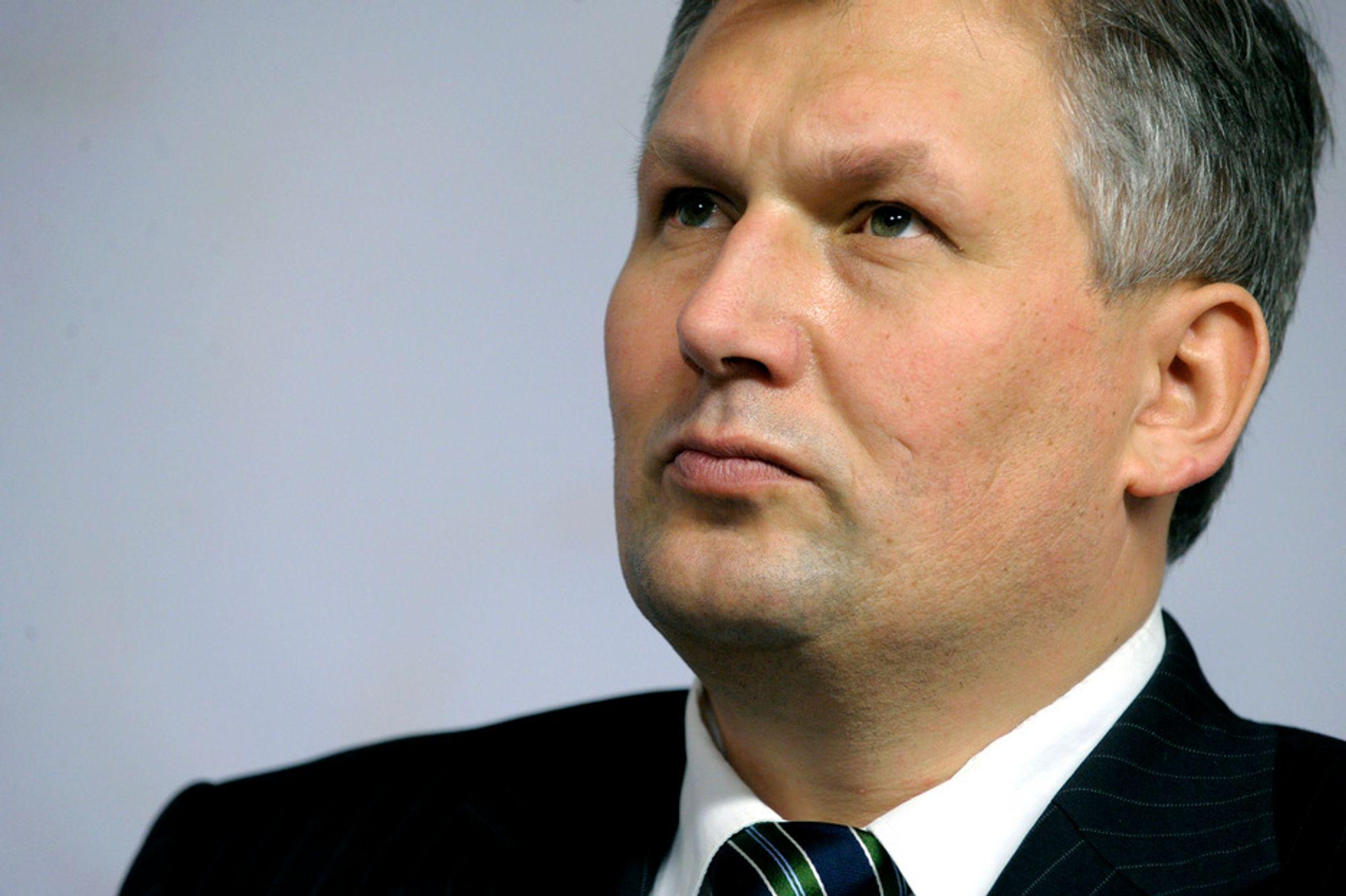 PASSLØS: Terje Riis-Johansen skulle vært til stede på Intsoks olje- og gasskonferanse i St. Petersburg i dag, men det gikk ikke med utgått diplomatpass.