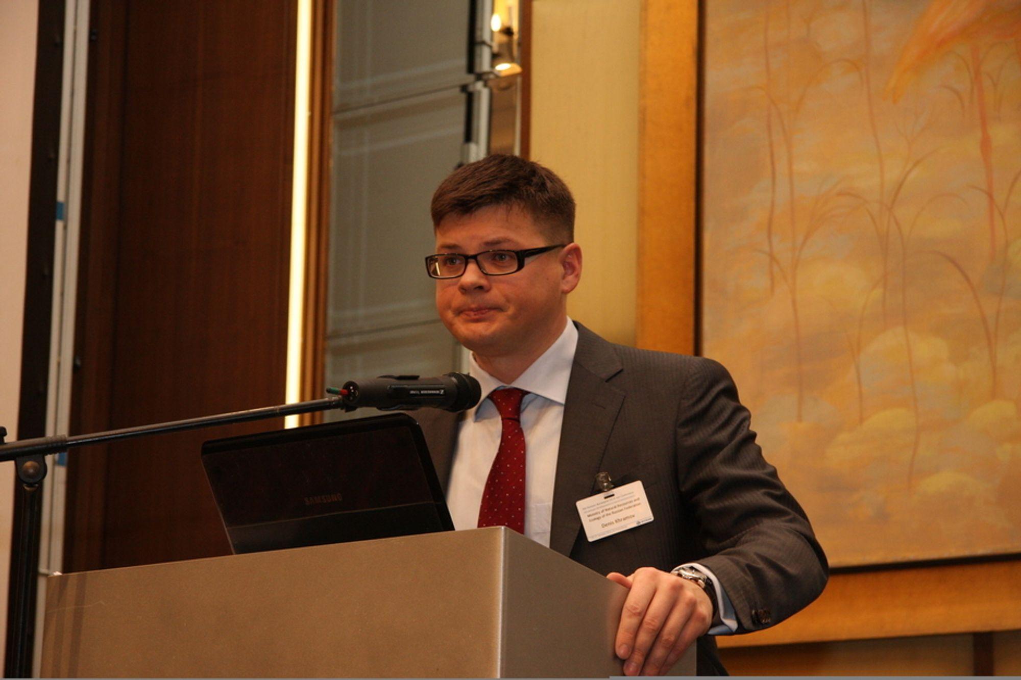 Denis Khramov sier at det arbeides med å myke opp reglementet for offshorevirksomhet på russisk sokkel.