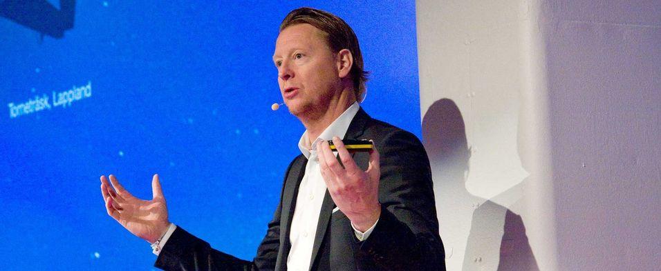 Konsernsjef Hans Vestberg i Ericsson melder om positive bidrag til lønnsomheten fra lavere driftskostnader og økte inntekter fra intellektuelle eiendeler.