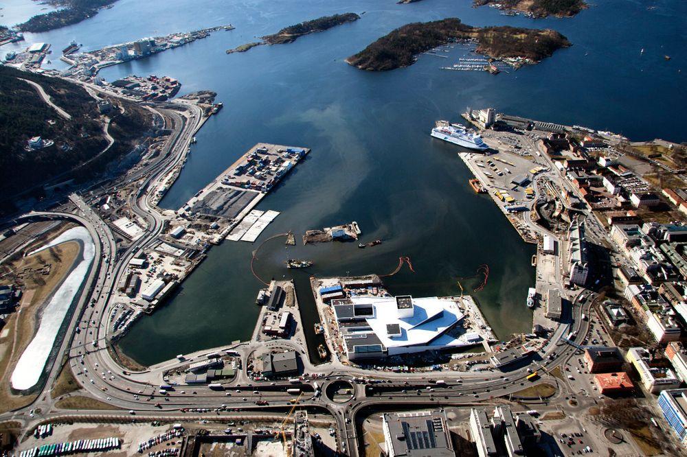 Her mudres Oslo Havn for å rydde området for miljøfarlige masser. Massene har nå blitt deponert bak øya Malmøykalven. De ansvarlige er tiltalt for forurensning og falsk forklaring.