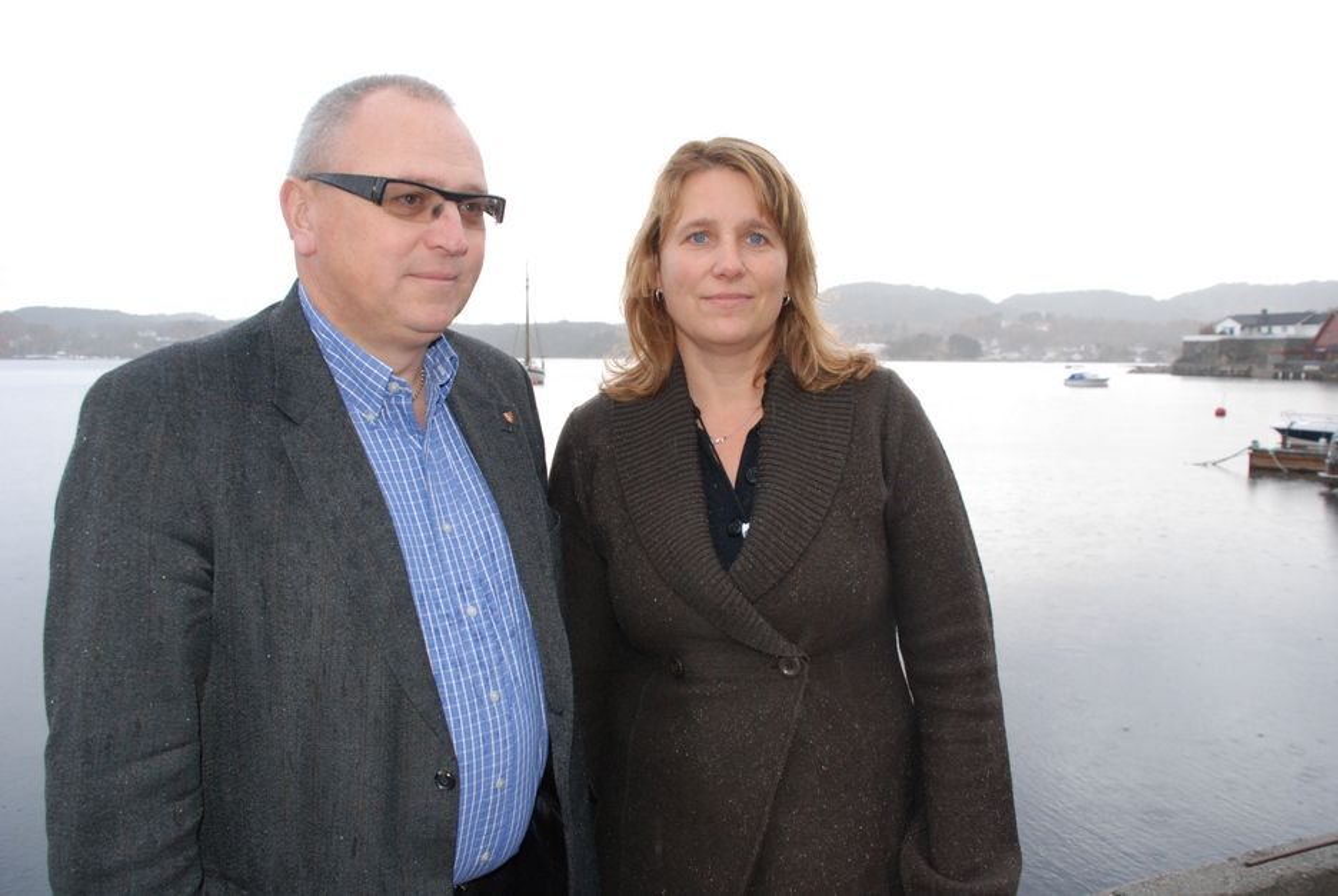 JAKTER PÅ INDUSTRIPARTNERE: - Vi er ærlige på at vi startet på null. - Vi har brukt tid på å bli kjent med aktører og bransjen, sier Tore Engevik og styreleder Wenche Teigland i Vestavind offshore.