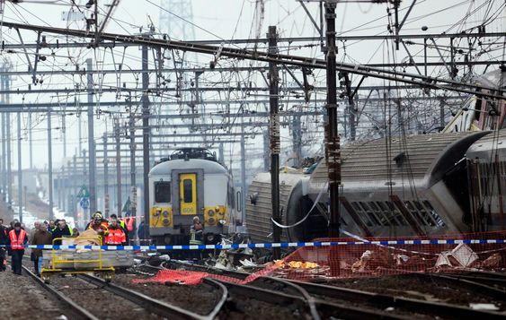 Togulykke togkræsj togkrasj ulykke rødt lys kollisjon togkollisjon