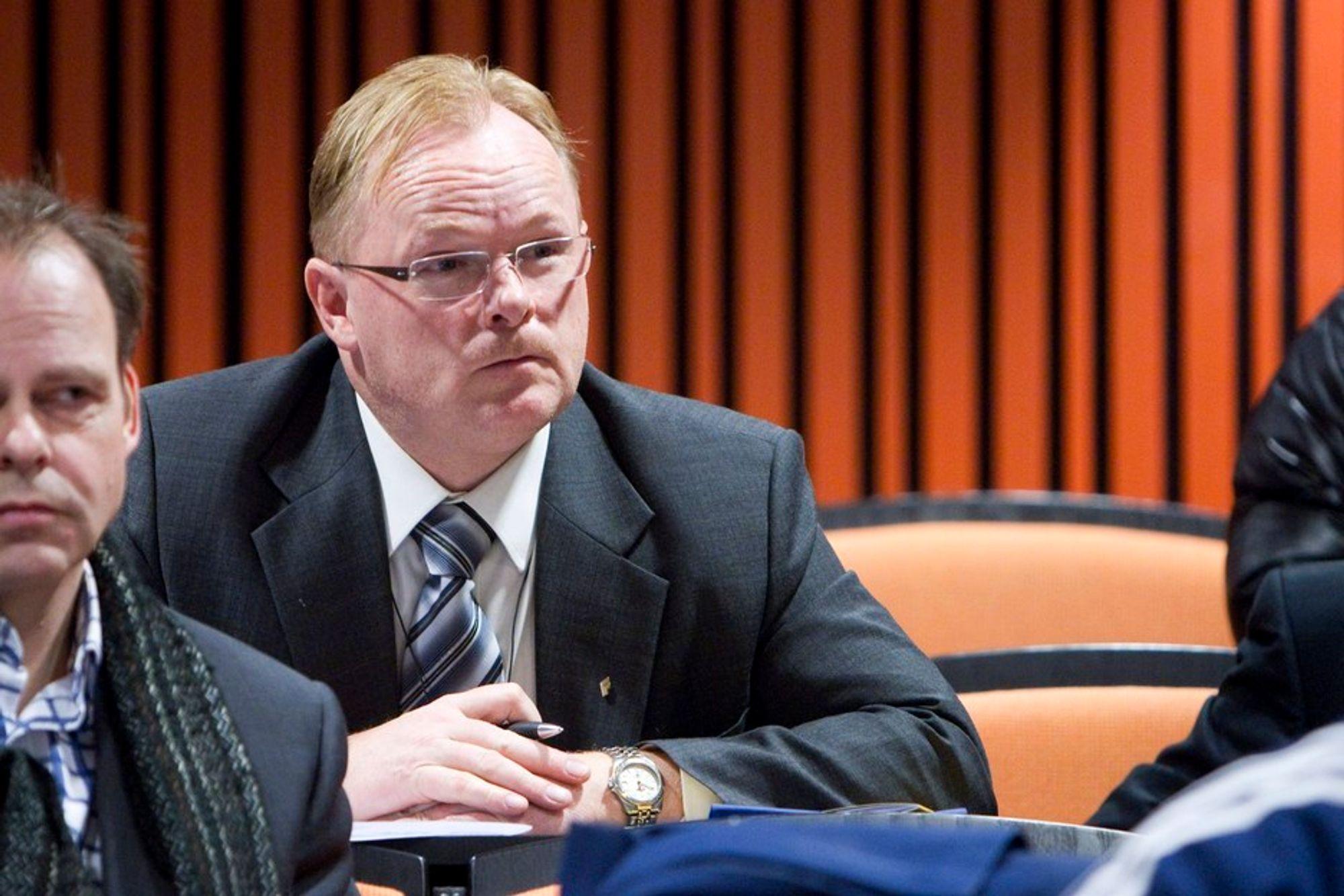 FRYKTER: - Jeg frykter at det er enda verre, sier Fremskrittspartiets Per Sandberg om RIF-rapporten.
