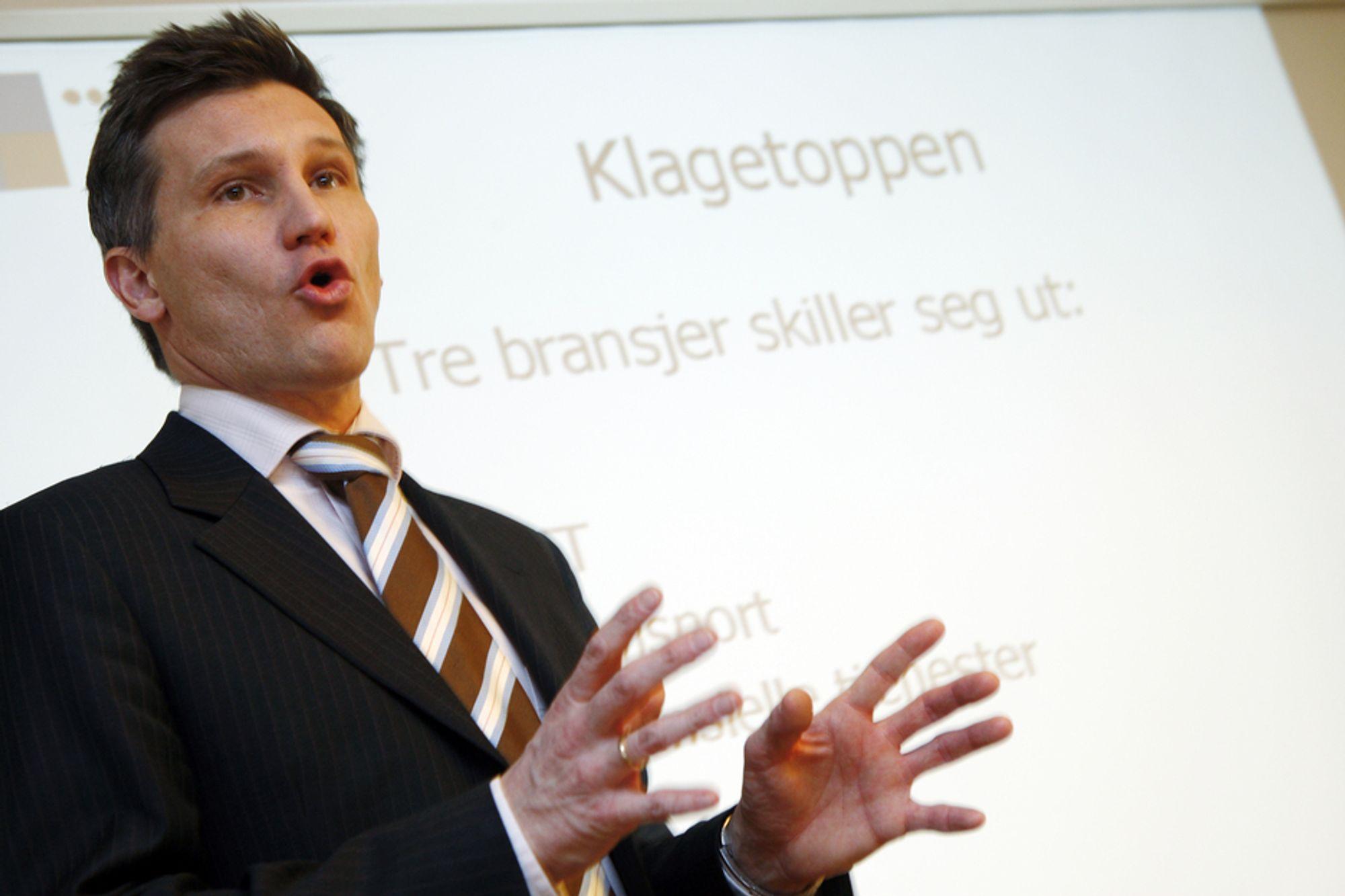 Forbrukerombud Bjørn Erik Thon og internettleverandørene er enige om en ny standard for markedsføring og avtalevilkår.