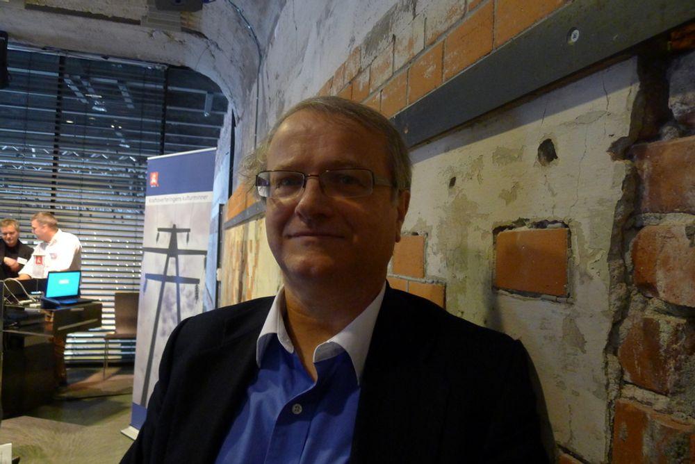 BYENE: Det hjelper lite å ha et lite flott museum ute i provinsen, når det er i byene at meningen dannes, mener professor Gunnar Nerheim.