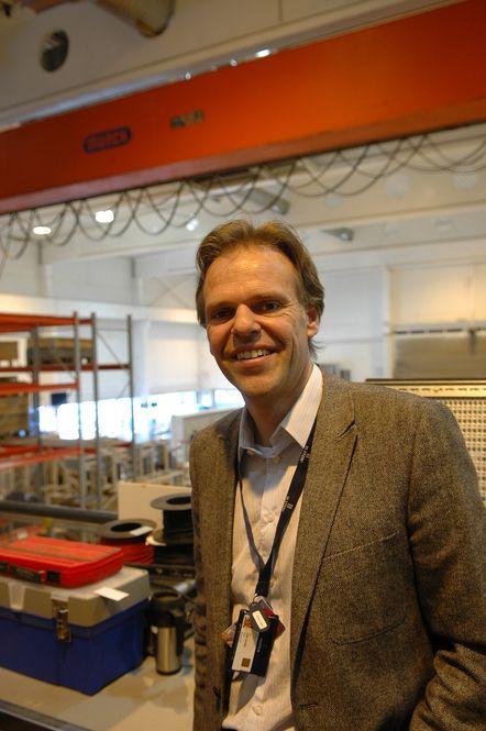 SPONSER: Dr.ing. Tore Ulstein sponser et professorat ved Høgskolen i Ålesund. - Vi må styrke den lokale kunnskapen, sier han.