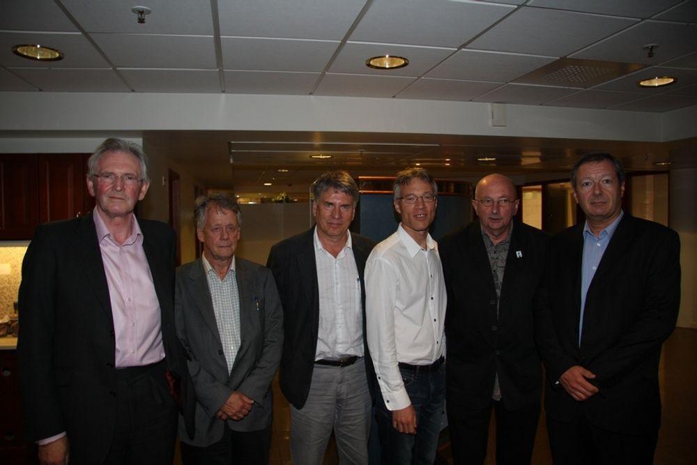 EKSPERTPANELET: Ignacio Barron, Oskar Fröidh, Richard Eccles, Steinar Strøm, Kåre Petter Hagen og Bjørn Nilsen. Gunnar Malm og Jean-Francois Paix var ikke tilstede da bildet ble tatt.