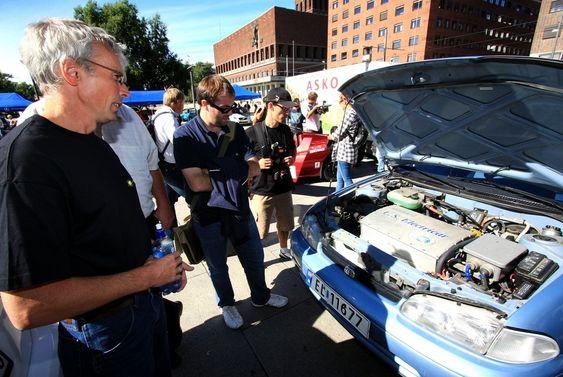 Hughes Dolphin heter elmotoren/drivlinja som Svein Teistedal (t.v) håper skal tåle enda 390 000 kilometer