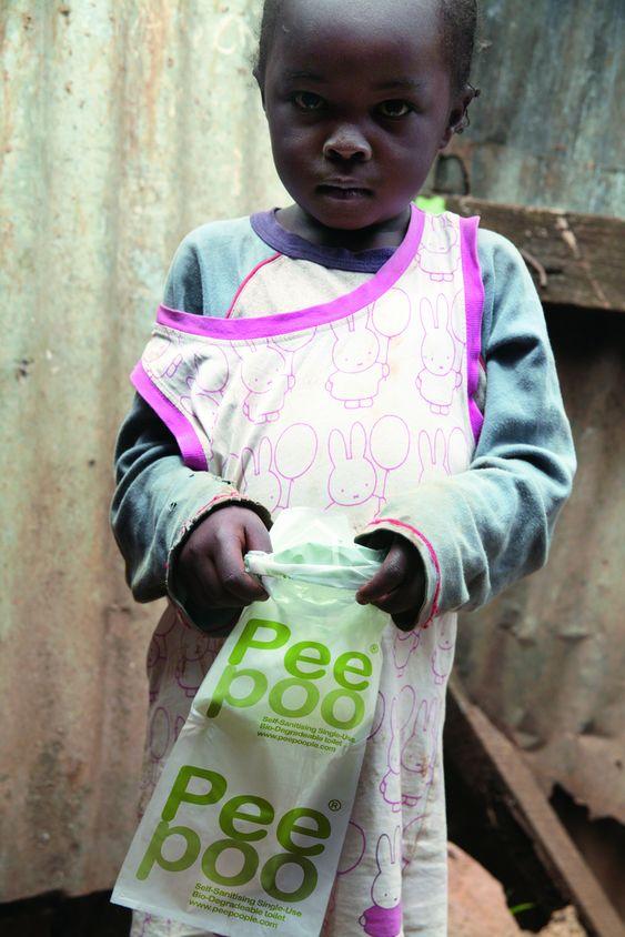 Peepoo-posen testes i Nairobi Kenya