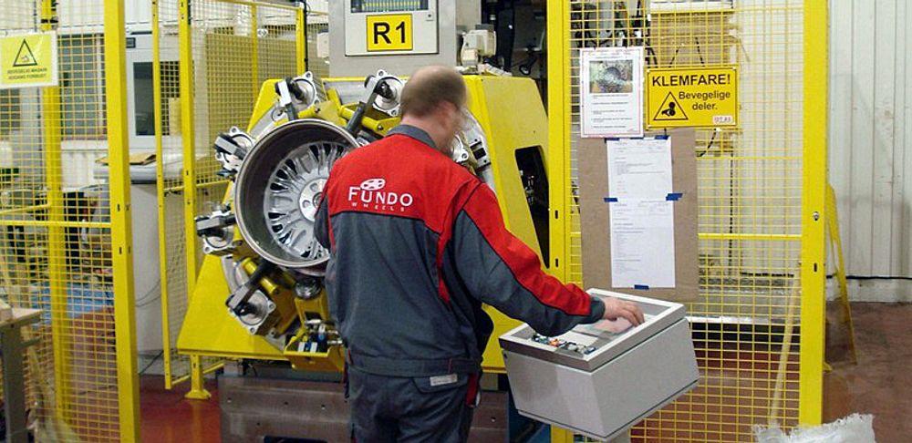 De ansatte i Fundo vil sammen med Høyanger kommune by på fabrikken.