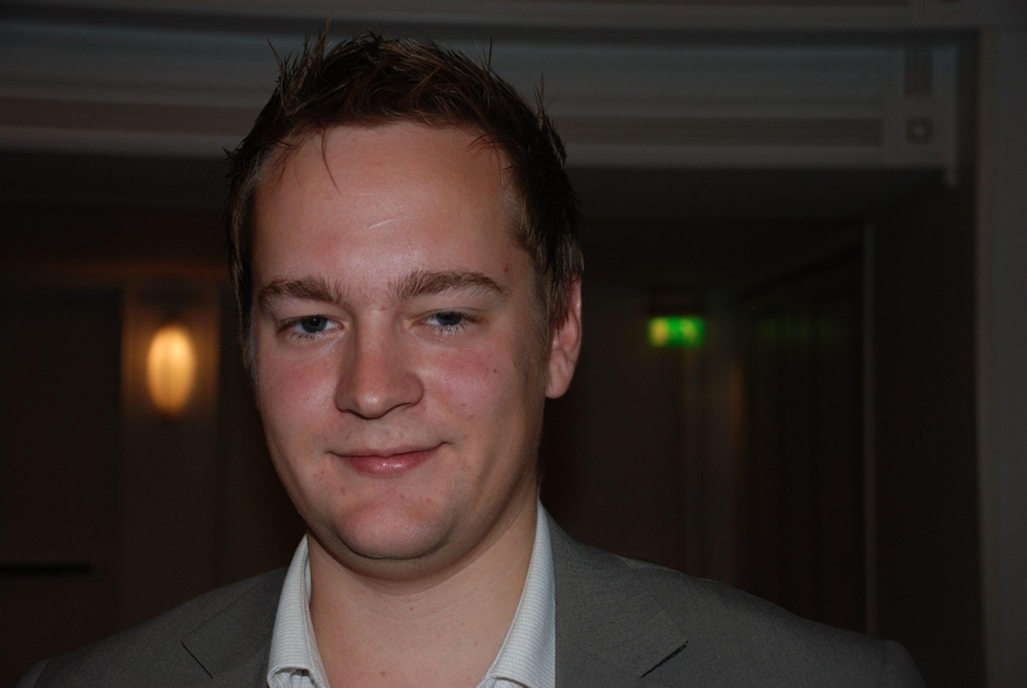 KONKRETE PLANER: Politisk rådgiver Ivar Vigdenes i Olje- og energidepartementet forsikrer om at regjeringen har konkrete planer for hvordan kraftsituasjonen i Midt-Norge skal løses.