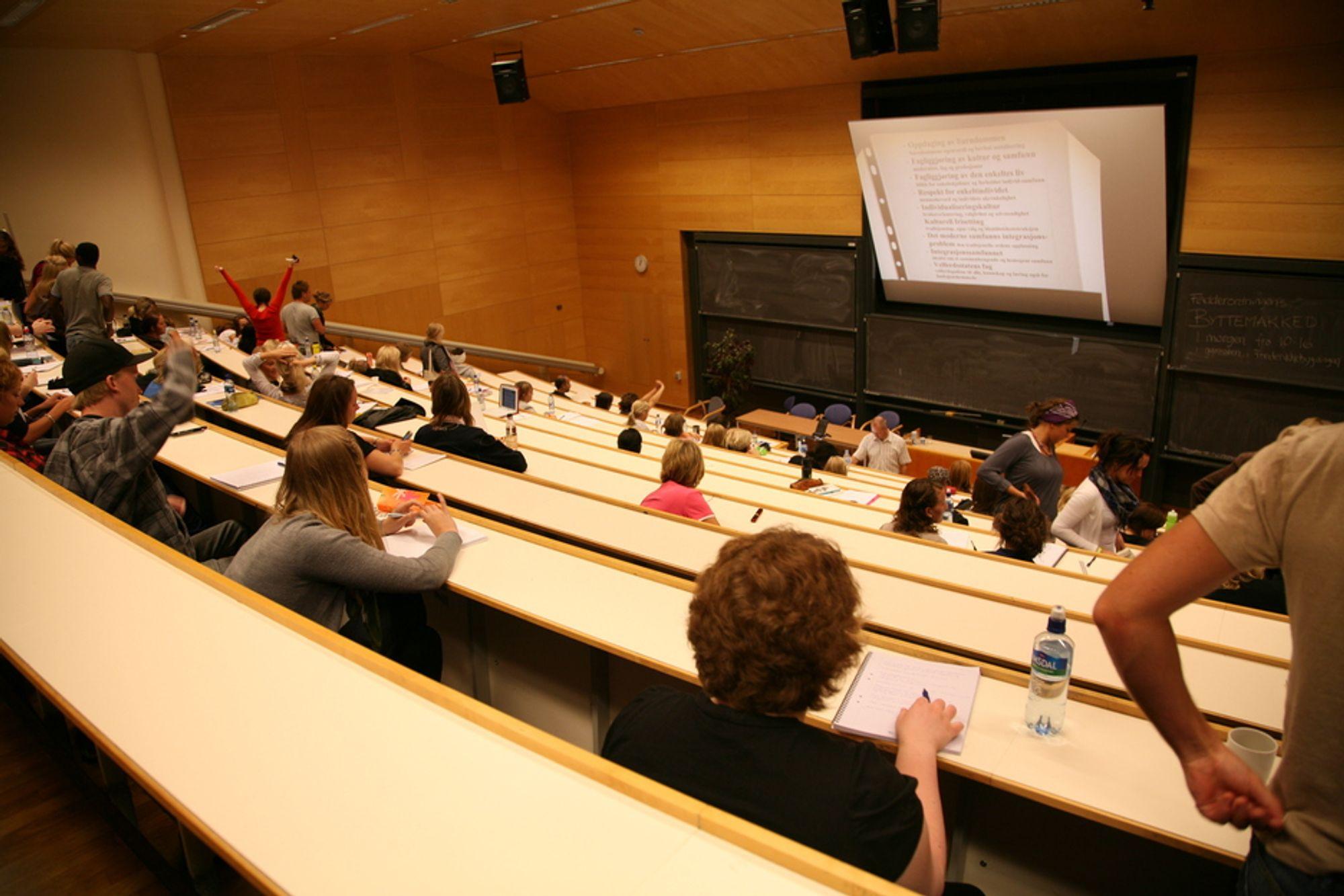 TALL: Universitetet i Oslo er strengere på karakterene enn BI.