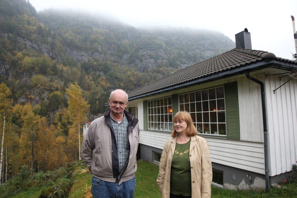 MÅ FLYTTE: Statnett ga ekteparet Inger Johanne  Versland og Tor Peder Pedersen fire dager på å bestemme seg om de ville innløse huset sitt.