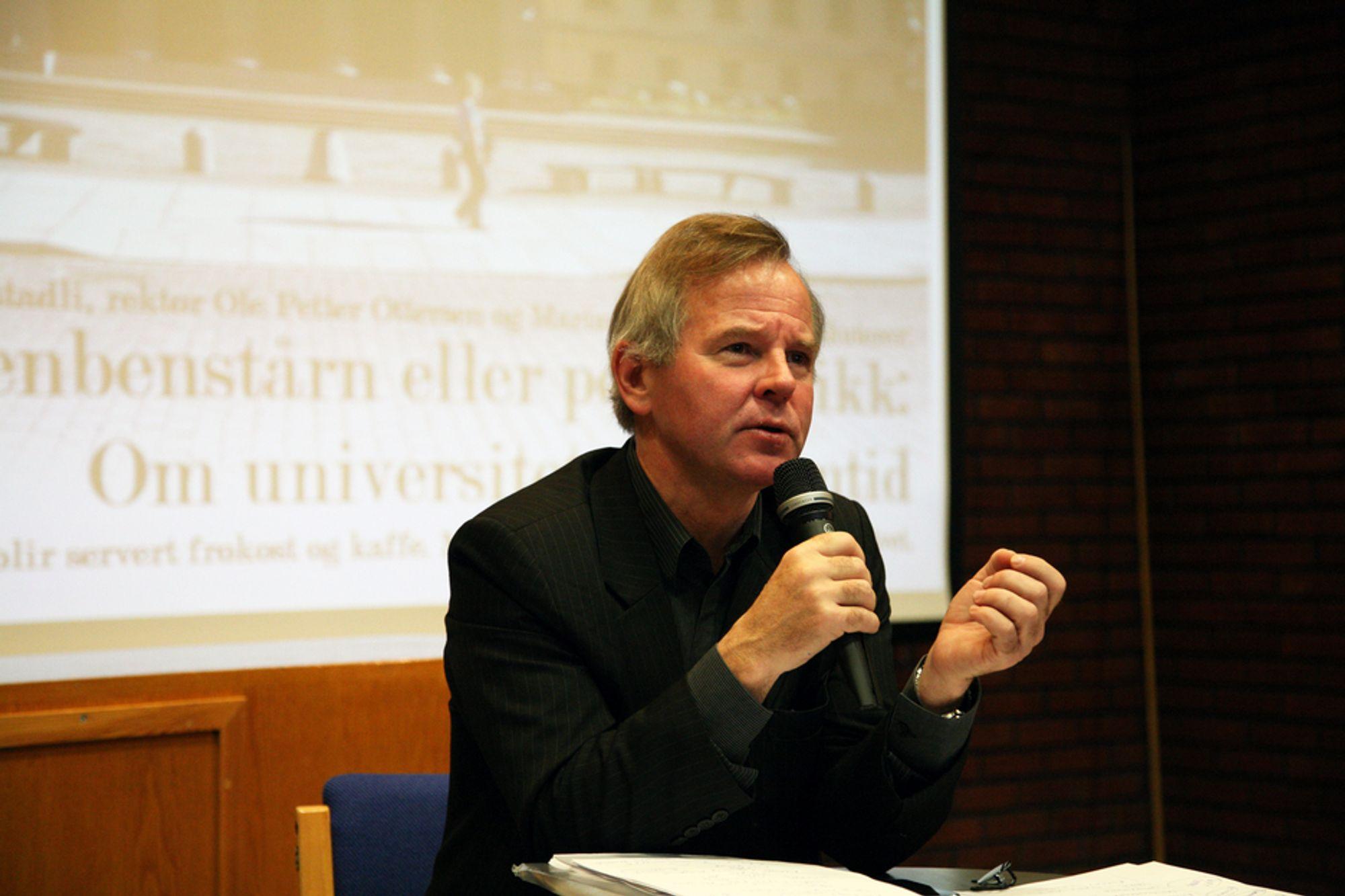 KRITISK: UiO-rektor Ole Petter Ottersen ser fram til å snakke med folkene bak Times-rankingen.