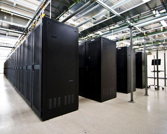 Datasenter, serverrom.