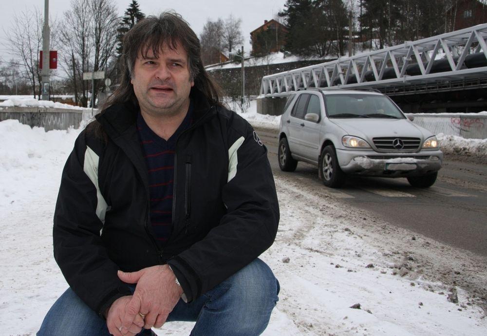 ALENE: Sjefingeniør Tor Aksnes er eneste medarbeider i prosjektet som skal spare samfunnet for store kostnader.