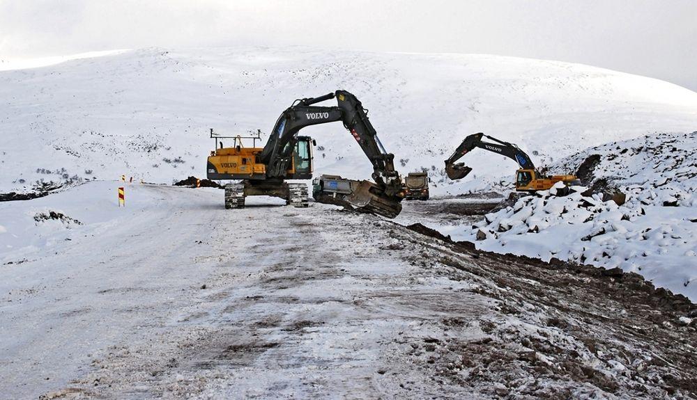 HAB Construction fra Bærum fikk den første kontrakten på utbedring av fylkesveg 98 på Ifjordfjellet, og ligger godt an til å få den andre.