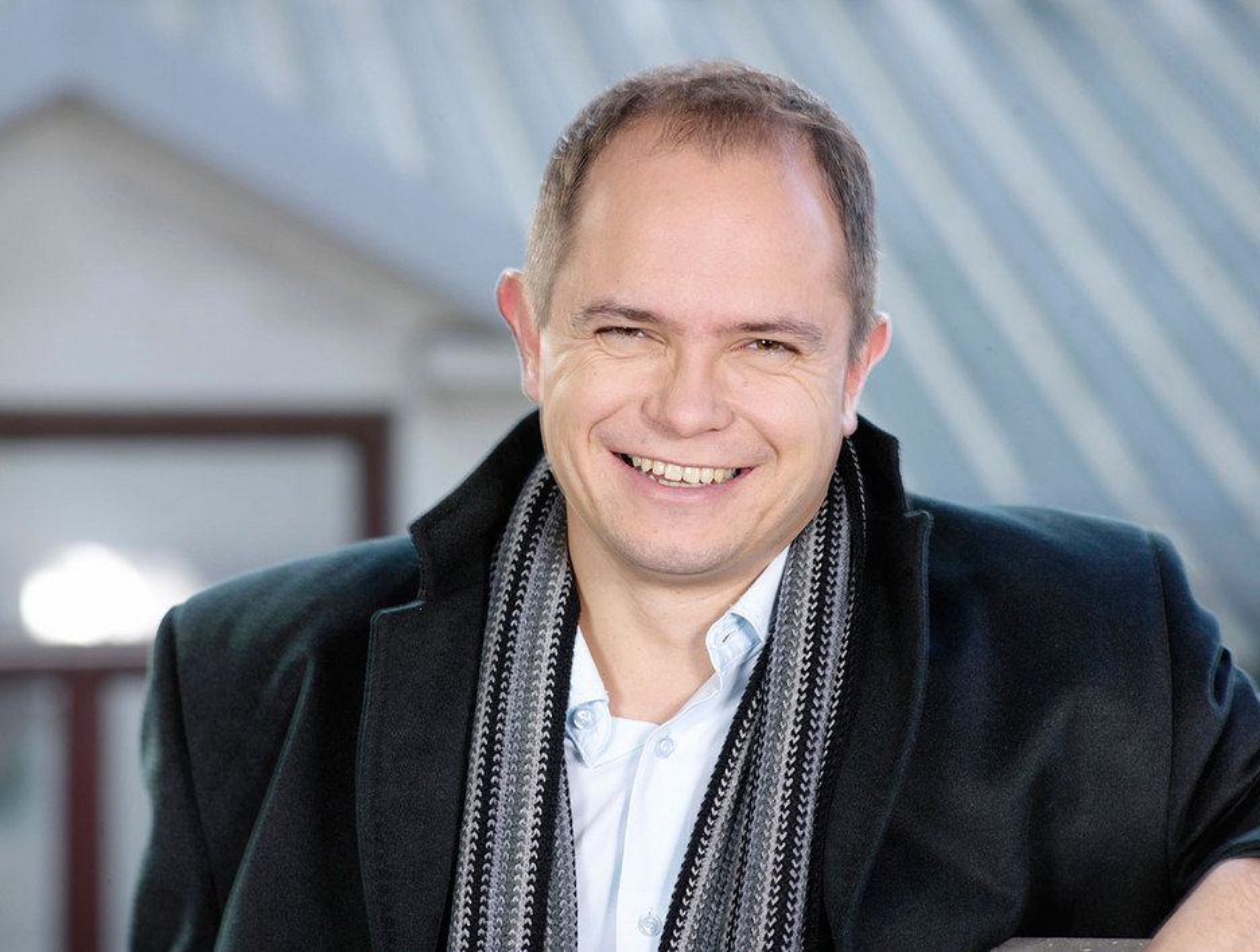 TILFREDS: - Bransjen har lenge ønsket seg et skifte til ny kringkastingsteknologi, sier en tilfreds daglig leder Ole Jørgen Torvmark i Digitalradio Norge.