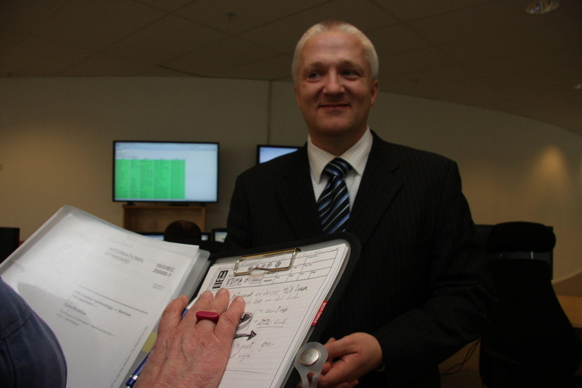 GODKJENNES AV VERITAS: It-direktør Hans Petter Holen og Visma.
