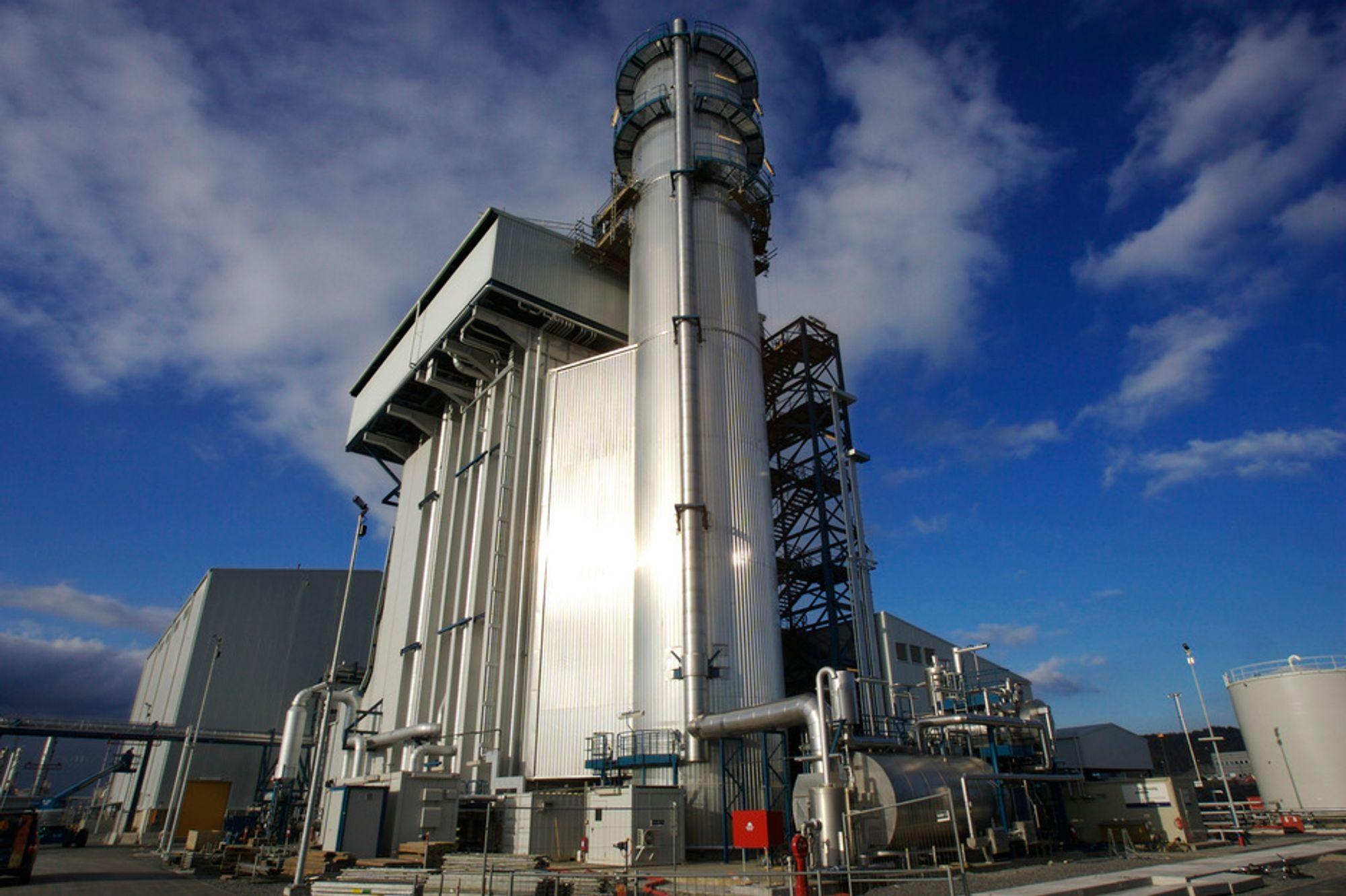 INGEN AVTALE: Gasskraftverket på Kårstø har ingen begrensningsavtale med Statnett, og kan derfor levere så mye forurensende strøm det bare vil til det norske strømnettet.