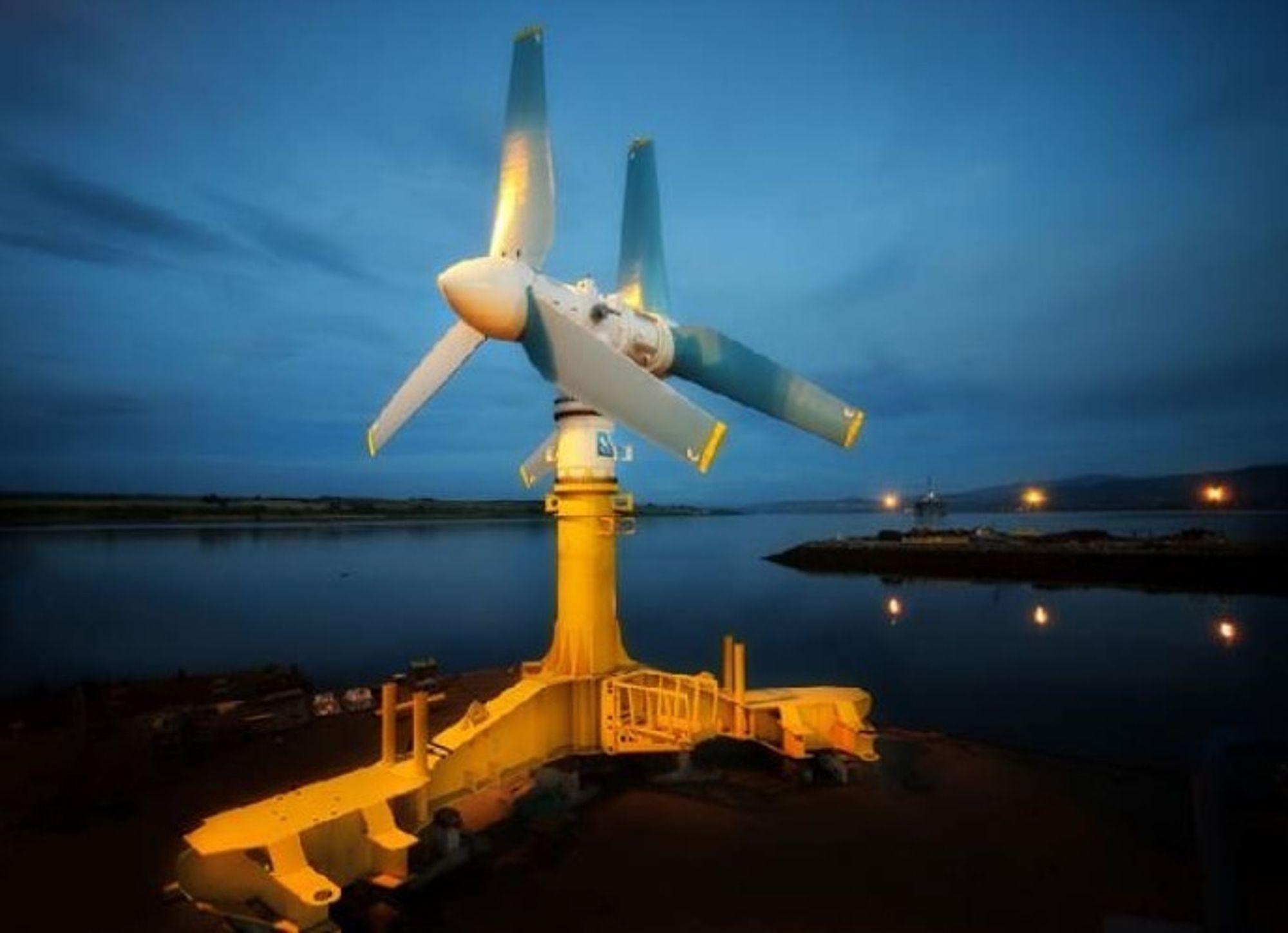 KRAFTIGE SAKER: Tidevannsturbinen Atlantis AK1000 leverer 1 megawatt. Rotordiameteren er 18 meter og vekten 1300 tonn. Nå skal det installeres 50 slike utenfor Gujarat i India. Dette kan bli begynnelsen på neste fornybarbølge i Asia, etter at Kina i 2010 overtok ledelsen innen vindkraft med sine 41 800 MW installert effekt.