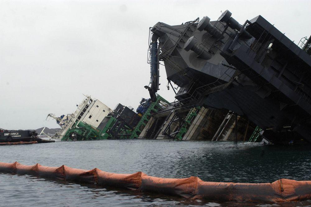 SLIPPER Å BETALE: Forsikringsselskapene saksøkte staten for 580 millioner kroner etter Rocknes-havariet. Nå har lagmannsretten frikjent Staten.