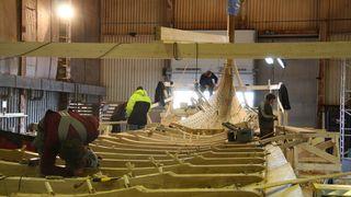 BILDESERIE: Verdens største vikingskip bygges