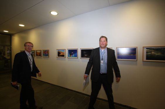 Forsvarer karakterer: De ansatte fortjener tilbakemeldinger på sine prestasjoner, sier Erling Brevik, direktør for forhandlinger og arbeidsvilkår i Statoil og Asbjørn Eikestad, direktør for belønning, personal og organisasjon i Statoil.   *** Local Caption *** Erling Brevik, direktør for forhandlinger og arbeidsvilkår i Statoil og Asbjørn Eikestad, direktør for belønning, personal og organisasjon i Statoil.