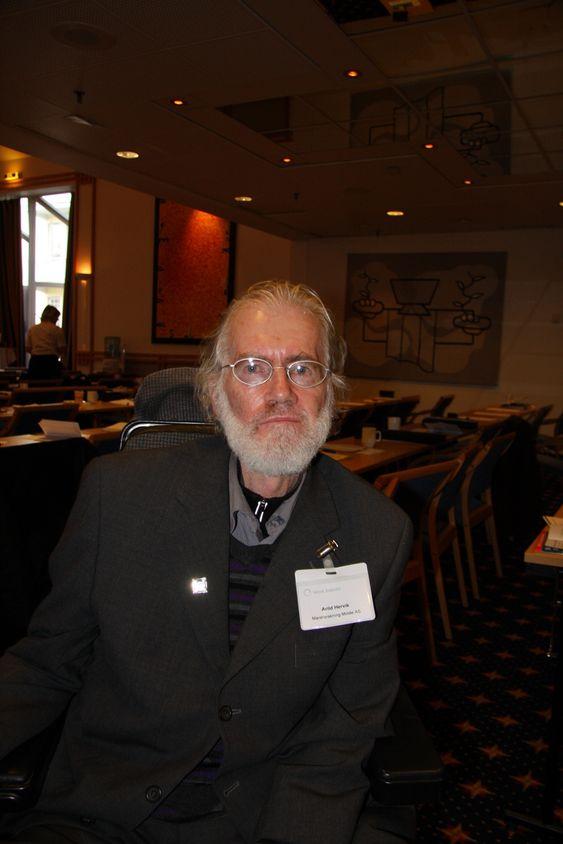 OPTIMIST: Professor Arild Hervik ved Høyskolen i Molde tror den norske maritime klyngen får betalt for sin kvalitet. Kvalitetsmerkevare er begrepet Hervik bruker.