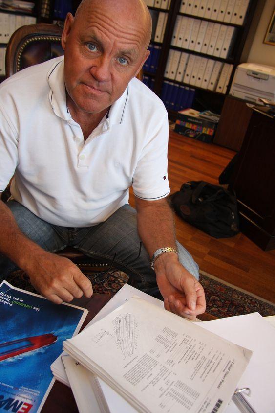 Direktrø Ulf Tudem i Effect Ships International (ESI) med det amerikanske patenet for Air Cushion Vessel. Stena var en av mange potensielle partnere som fikk utførlig informasjon om teknologien i 2002 og de påfølgende tida. I 2008 søker Stena selv om patent på så å si samme teknikk. Glemt er Non Disclosure-avtalen de undertegnet i november 2002 med SESI.