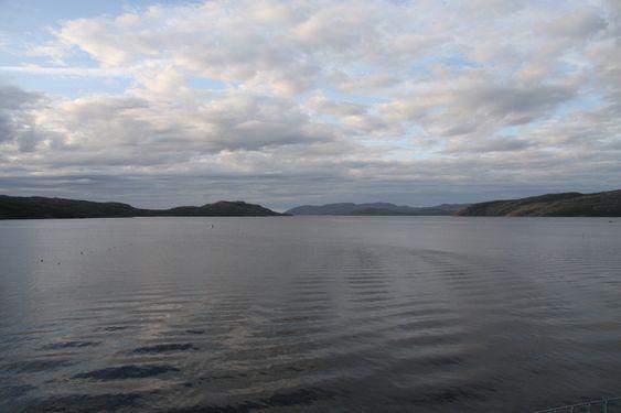 UTSIKT: Bøkfjorden utenfor Kirkenes er en nasjonal laksefjord. Mange frykter forurensningen gruvearbeidet fører med seg.