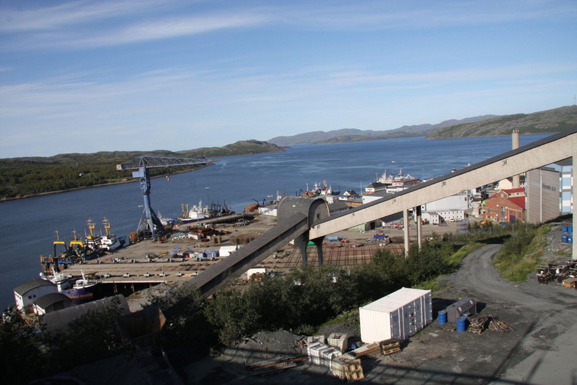 HISTORISK TRANSPORT: Om få dager sender Sydvaranger gruve det første skipet gjennom Nordøstpassasjen.