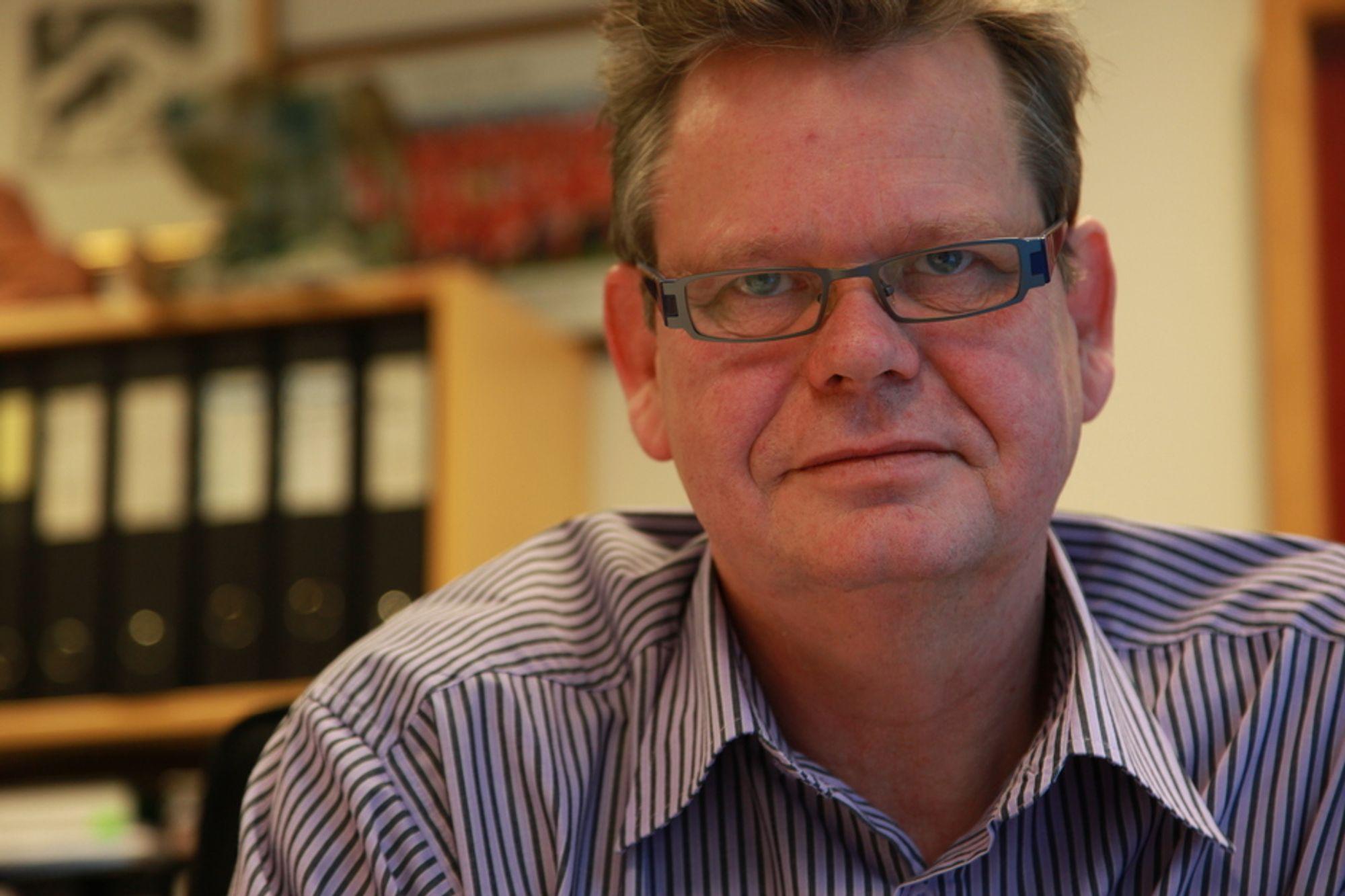 LEKRE OG FAGRE: - Samtidig som de kjører rettsaker mot oss, kommer de og gjør seg lekre og fagre i forbindelse med nye utbygginger, sier ordfører i Kvinesdal kommune, Odd Omland.