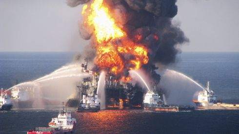 Trump vil spare oljeindustrien for HMS-milliarder. Nå er dragkampen i gang i Norge