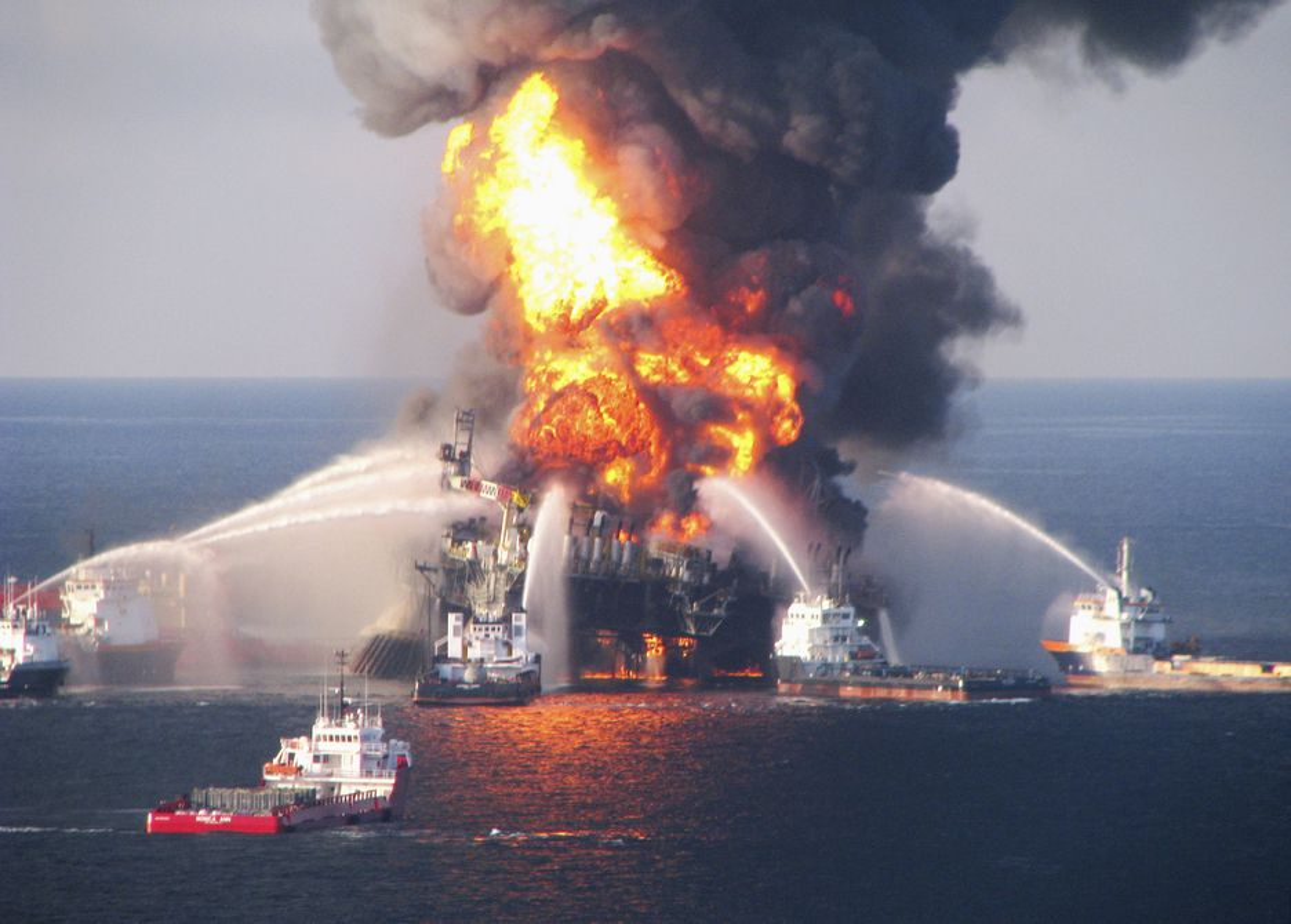 Deepwater Horizon-katastrofen er oljeindsutriens største miljøkatastrofe noensinne.