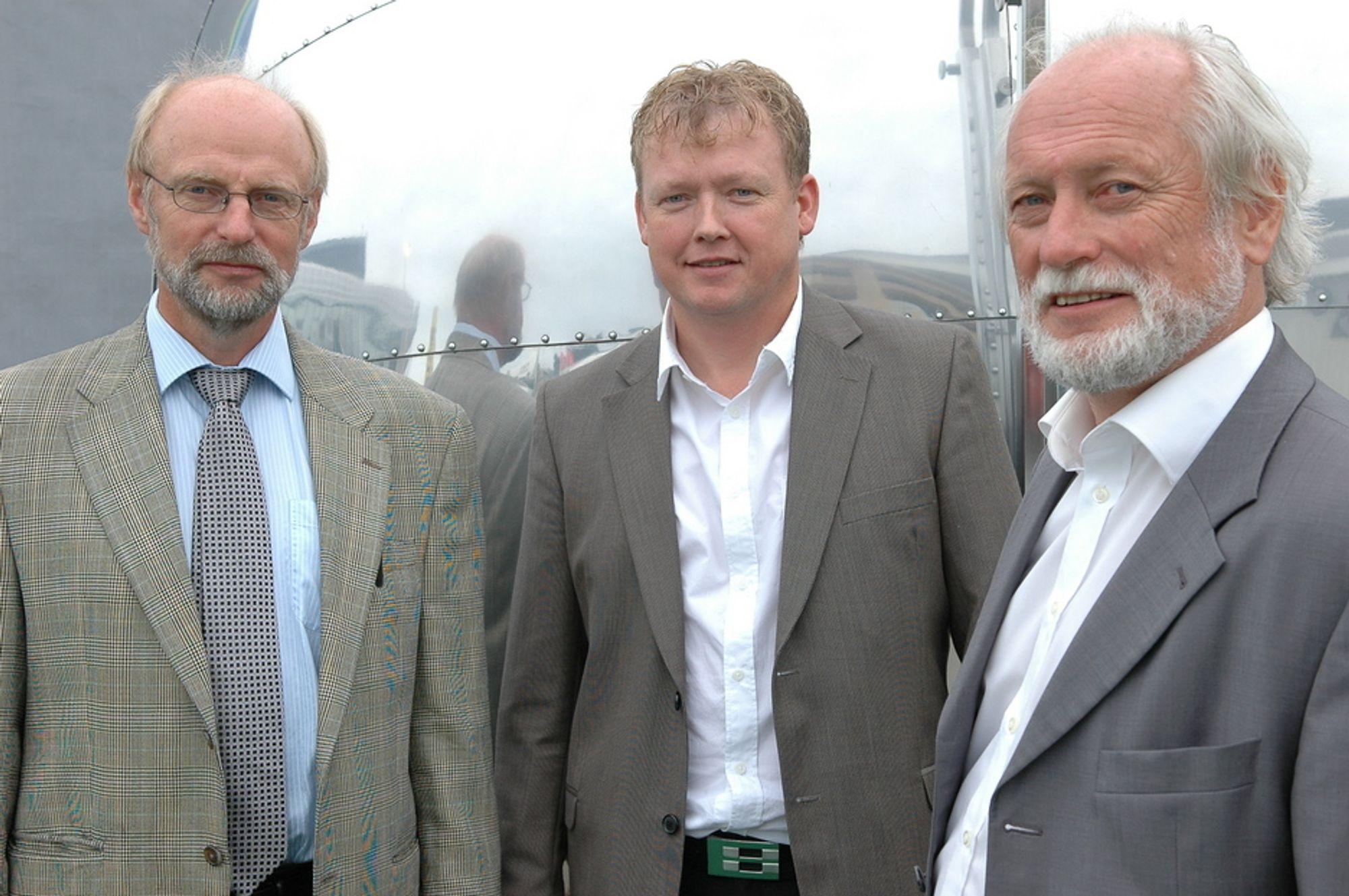 TROR PÅ ALUMINIUM: Magne Nygård, Jostein Hjorteland, Arne Sele har stor tro på trykksatte almuniumstanker for frakt og lagring av LNG.