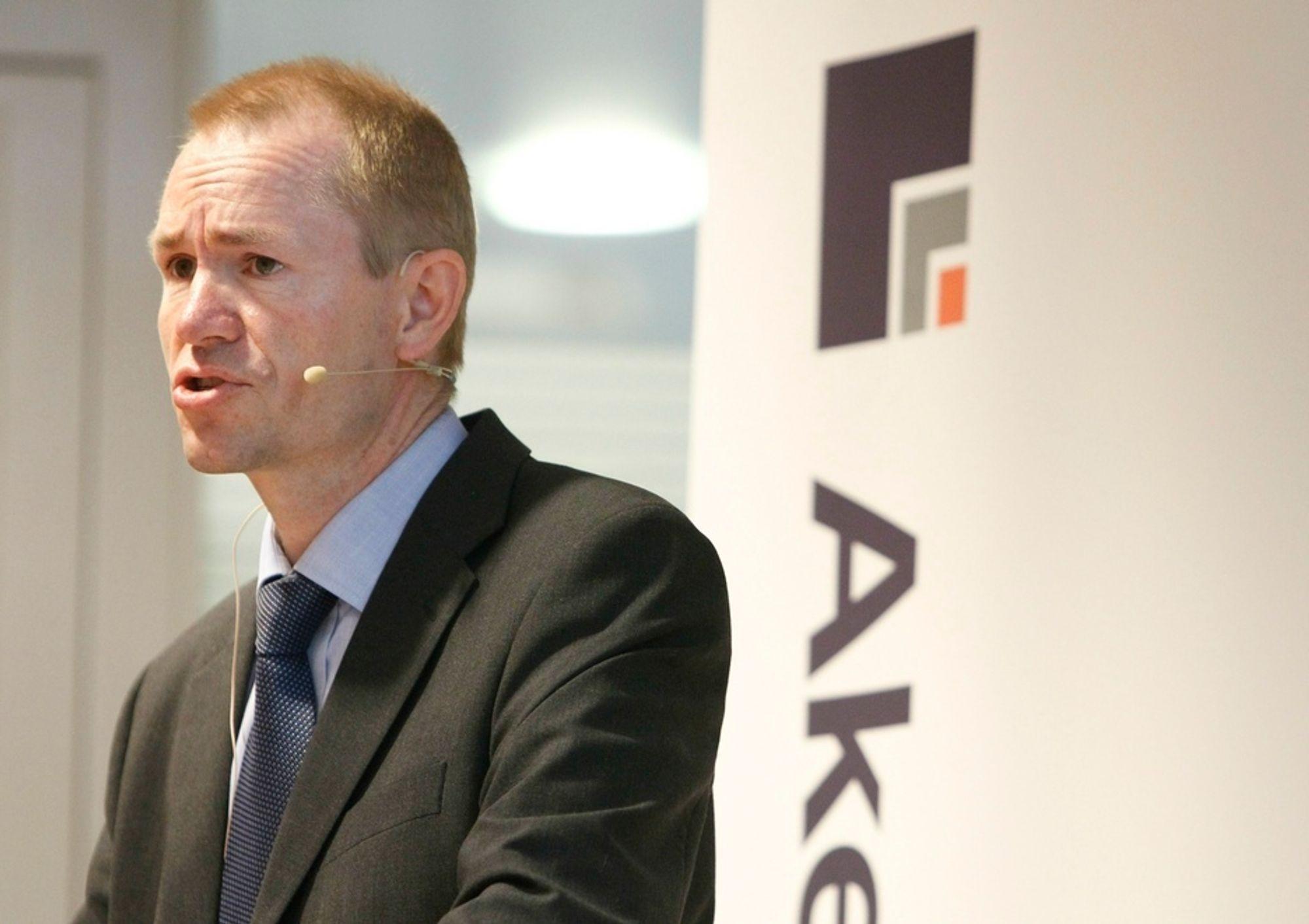 Finansdirektør Leif Borge presenterte et litt svakere resultat en analytikerne hadde ventet for Aker Solutions.