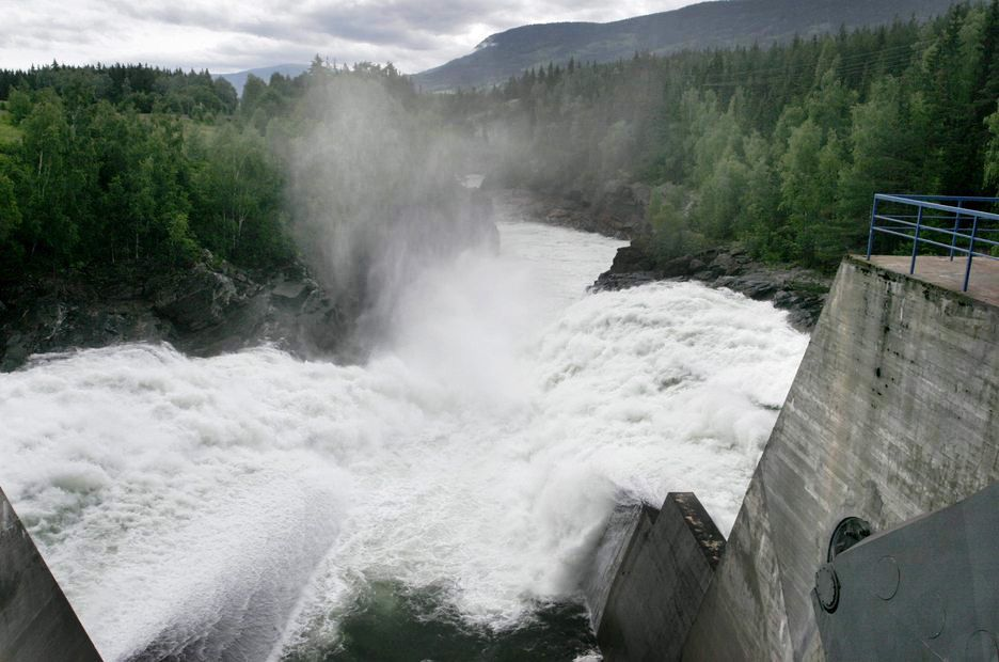 VERDIFULL: Opprinnelsesgarantier og kvotesystemet har økt norske kraftprodusenters inntekter med milliarder.