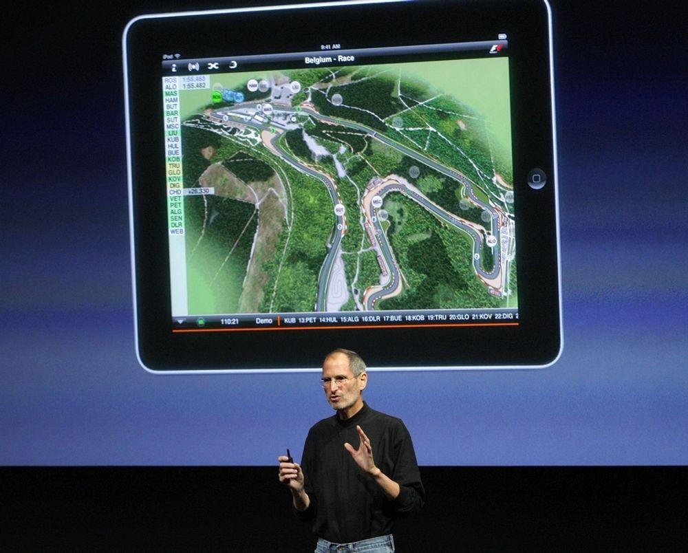 Steve Jobs og Apple solgte 4,2 millioner iPader i fjerde kvartal.