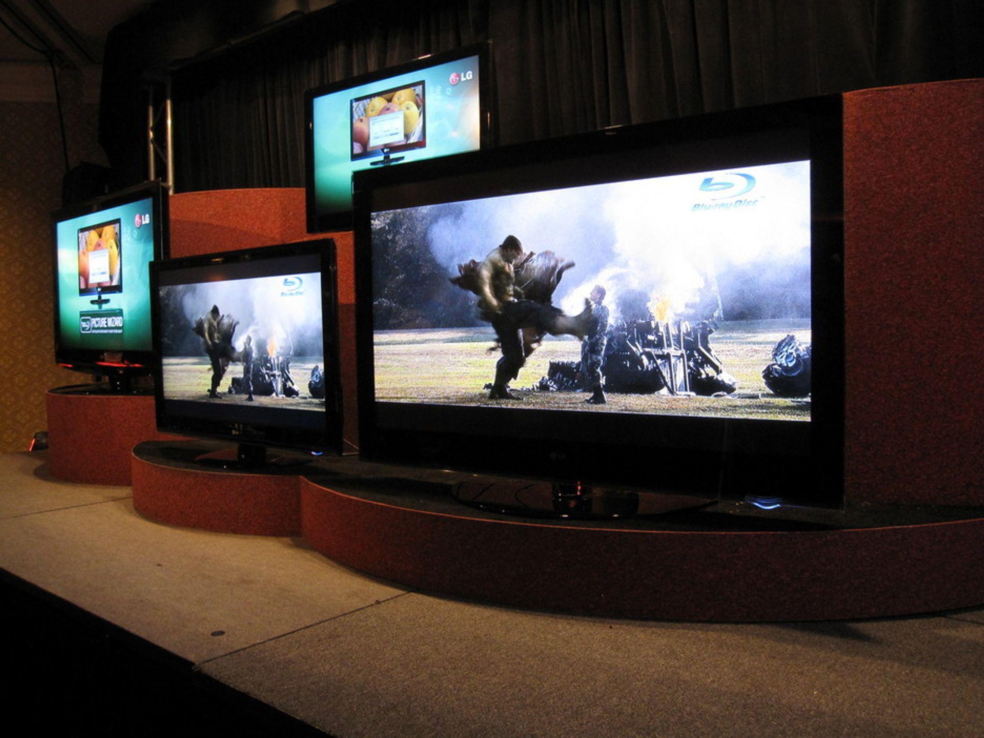 Stadig høyere krav til bilde- og lydkvalitet gjør at vi bytter ut TV-en langt oftere enn før. Det gir også store mengder potensielt farlig el-avfall.