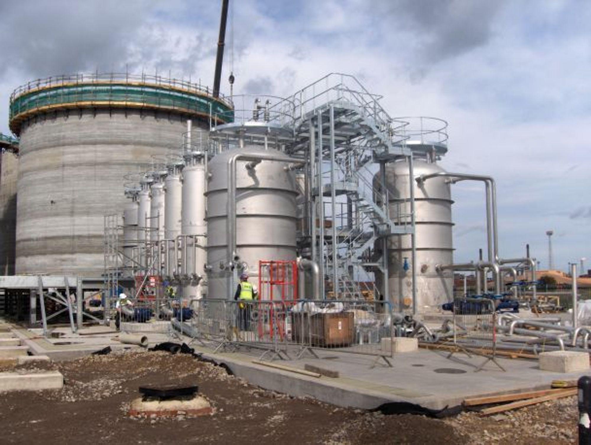 BIOGASS: Klimakur2020 trekker fram biogass basert på husdyrgjødsel som et av flere tiltak som kan redusere totalt 1,2 millioner tonn CO2 i 2020. Her er biogassanlegget til Northumbrian Water, som ligger i Teesside i North Yorkshire i England. Leverandør er Cambi AS.