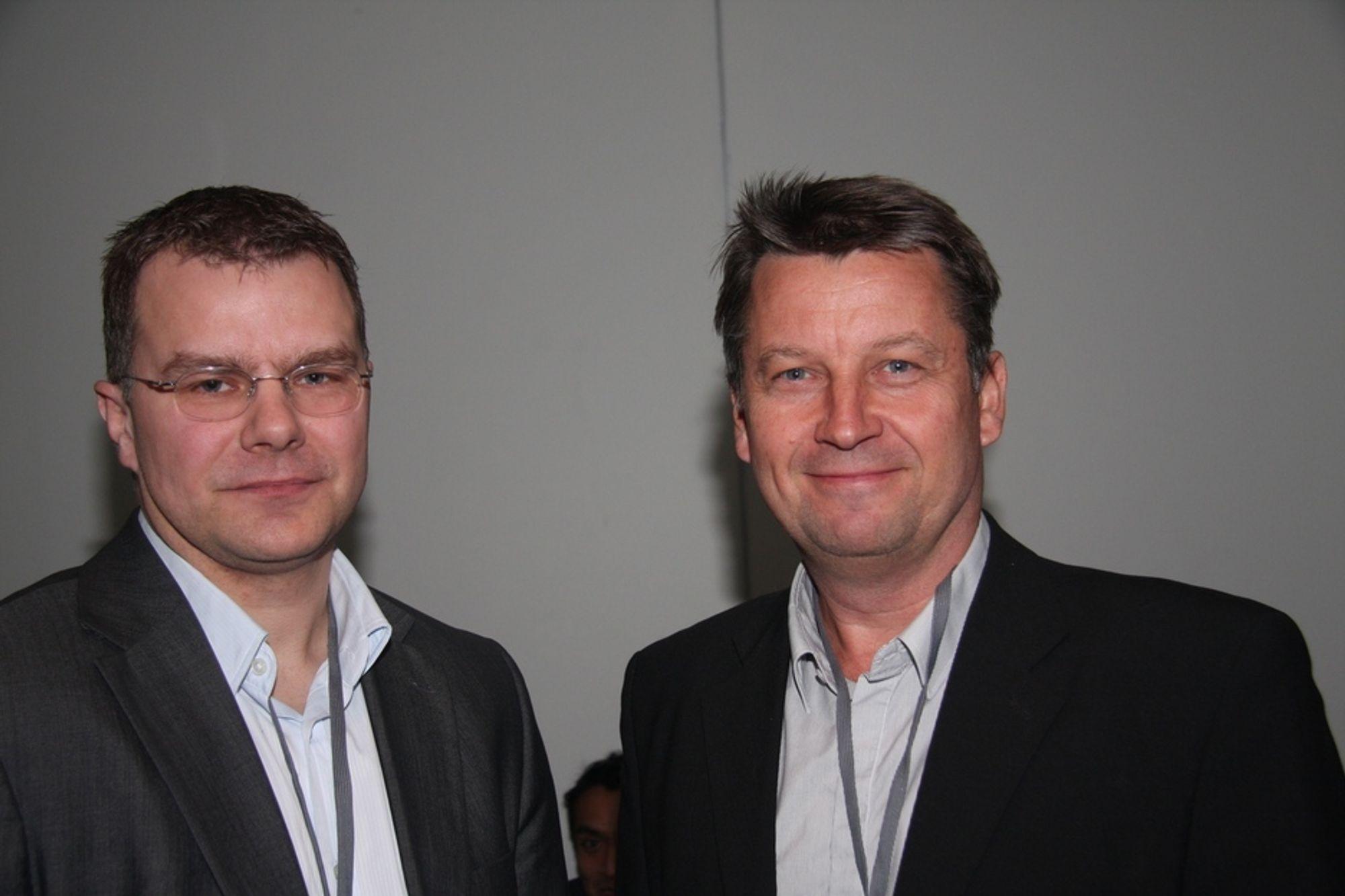 KREVENDE: Øystein Mørk i Statnett og Ulf Moberg, i Svenska kraftnät  og  styremedlem i ENTSO-E, tror det kan bli krevende å gjennomføre alle 500 prosjekter i den europeiske 10 årsplanen for nettet.