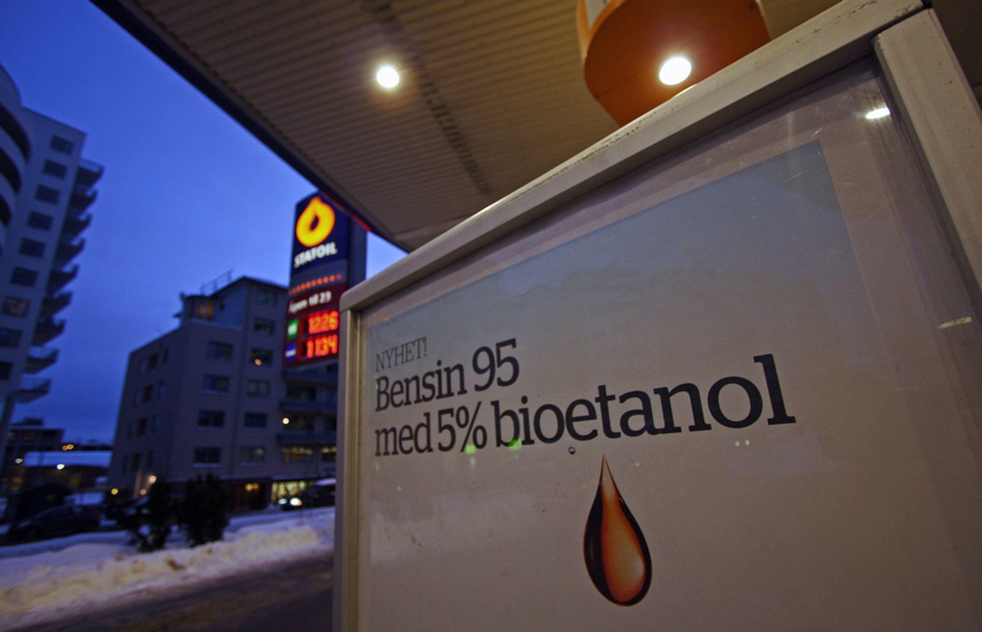 I dag lanserer Statoil et nytt biodrivstoff. Nå er det bensinen som skal få innblanding i stedet for dieselen.