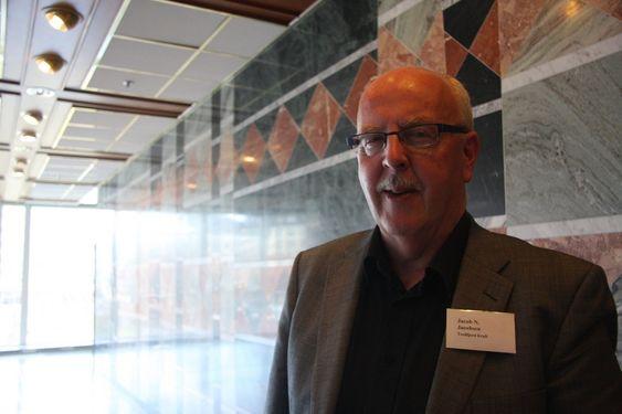 VANSKELIG: Adm. direktør i Trollfjord Kraft, Jacob N Jacobsen, opplever at dagens anstrengte situasjon går ut over nattesøvnen.