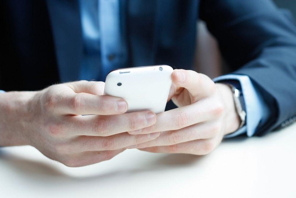 TRUSSEL: Kombinert privat og forretningsmessig bruk av smarttelefonene blir en sterkere trussel mot it-sikkerheten neste år.