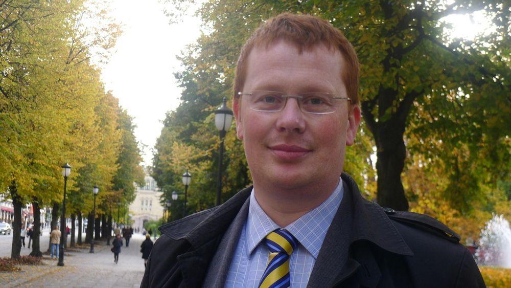 INTERESSERT: ¿ Den siste måneden har jeg stadig fått telefoner og e-poster fra utenlandske investorer som ønsker å gå inn på energimarkedet i Norge, sier daglig leder i Småkraftforeningen, Henrik Glette.