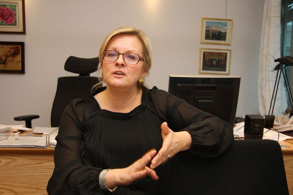 TÅLMODIGHET: Statssekretær Rikke Lind hevder at regjeringen jobber med Kina-forholdet.